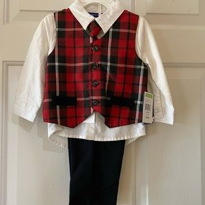 NWT little boys outfit 18M